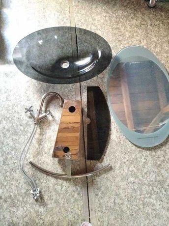 Zestaw łazienkowy Tori umywalka,lustro,bateria