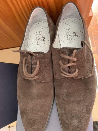 Sapatos sacoor
