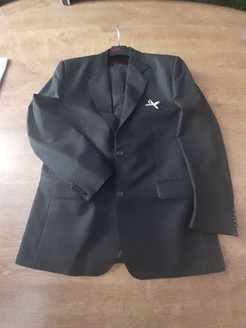 Elegancki Czarny garnitur 50/176