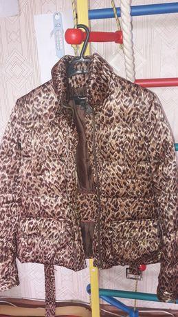 Куртка zara 42-44 раз