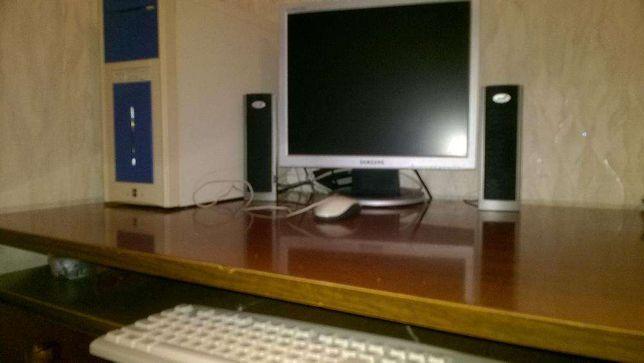 КОМПЬЮТЕР: сист. блок+монитор 19'LCD+клавиатура+колонки(в идеале)