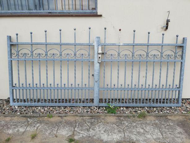 Brama dwuskrzydłowa ocynkowana 270cm.