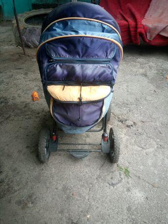 Детская коляска б.у