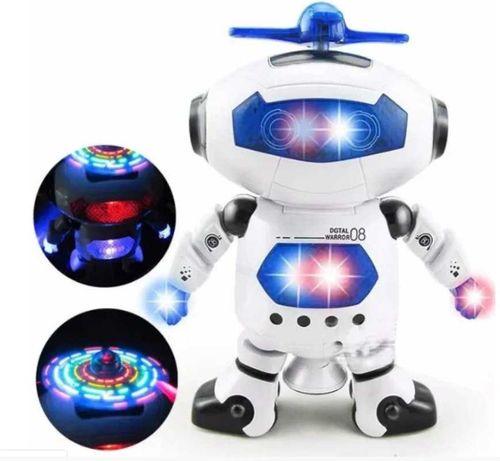 Игрушечный робот с подсветкой