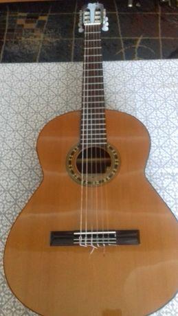 Sprzedam gitarę Admira Malaga