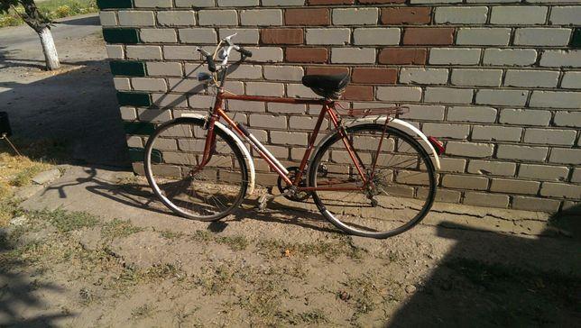 Продам дорожно-спортивный велосипед ТУРИСТ