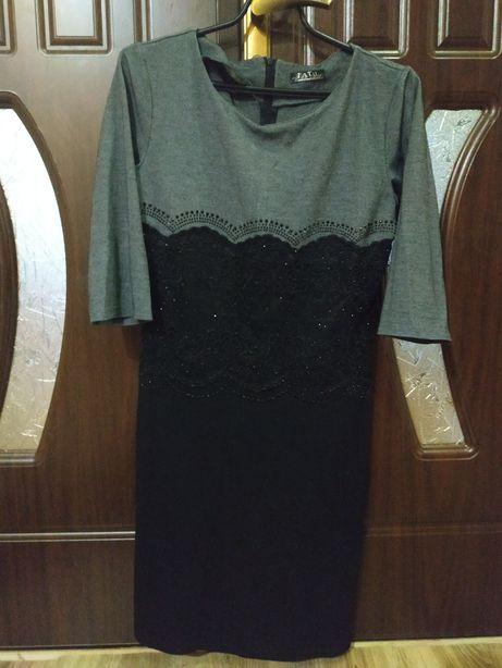 Платье серо-черное