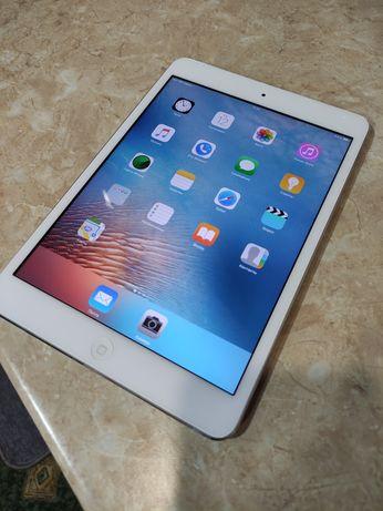 Продам iPad mini 32 Gb  хорошее состояние!Родной екран!