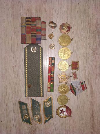 Продам разные медалькы.