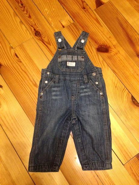 Продам джинсовый комбинезон Chicco 62см.