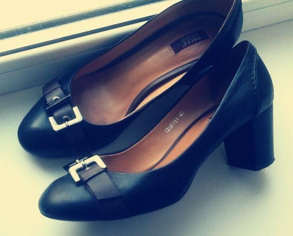 Туфли кожаные 39 р. чёрные женские классические, туфлі жіночі шкіряні