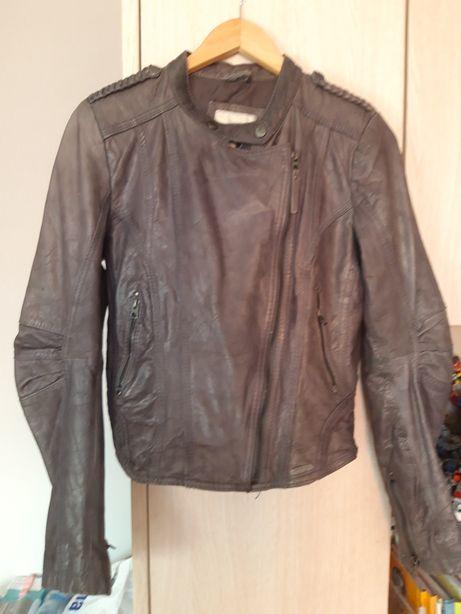 Кожанная куртка косуха (натуральная) Bershka, размер S