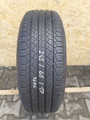 245/65 r17 Michelin Latitude Tour HP.  3206
