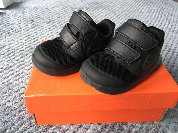 Buty dziecięce nike rozmiar 19.5 cm czarne