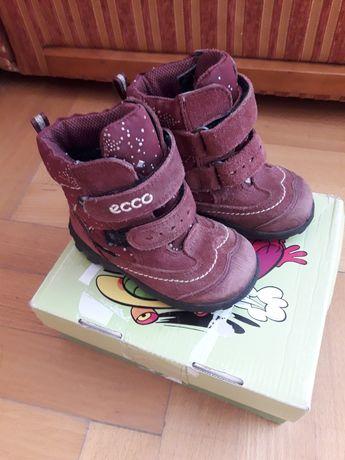 Зимові термо взуття чобітки ессо