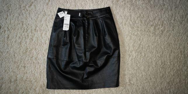 Spódniczka czarna, skórzana - Goelia, rozmiar S