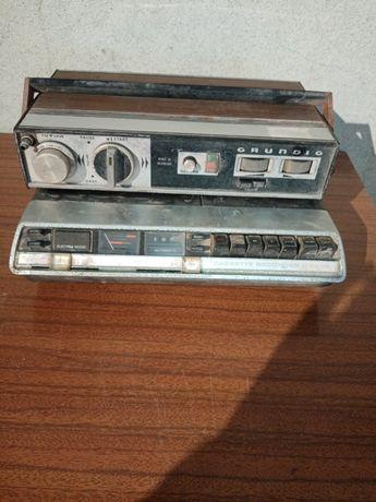 2 rádios antigos