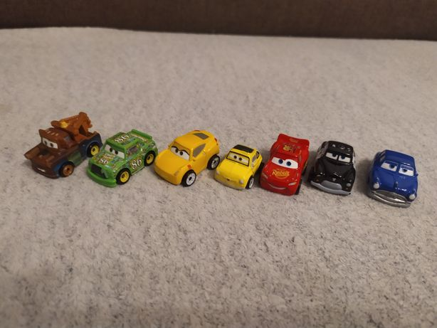 Małe metalowe autka z bajki AUTA