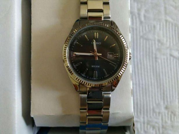 Relógio Casio novo