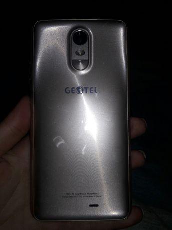 Продам телефон Geotel