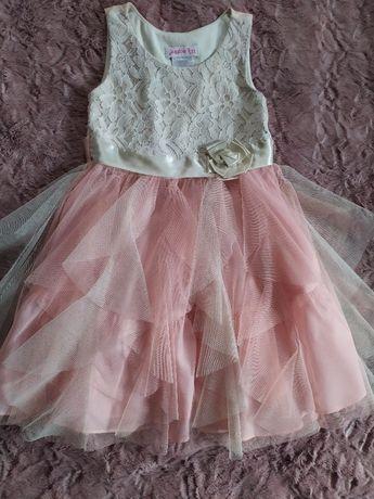 Нарядное праздничное платье для утренника выпускного дня рож.5-6 лет