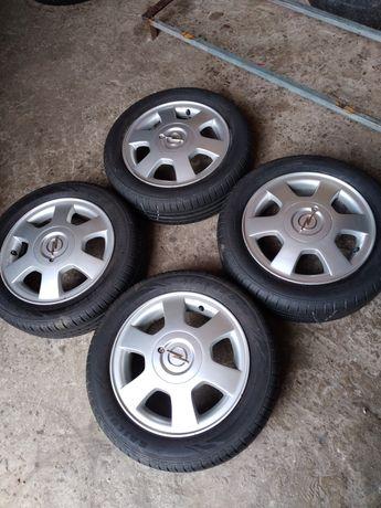R14, 4×100, 4,5 j, ET 45, dia 54,1. Ціна вказана за шини з дисками.