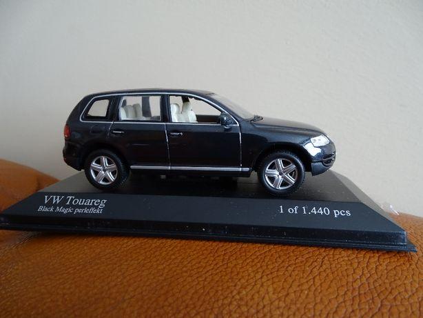 1:43 VW touareg minichamps limit