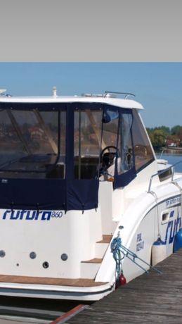 Czarter jachtu bez uprawnień futura tes678 tes32 tes660