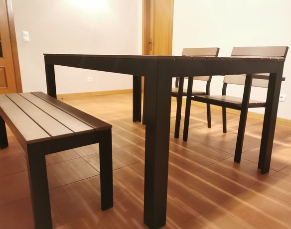 Mesa de Jardim + 2 Cadeiras + Banco corrido