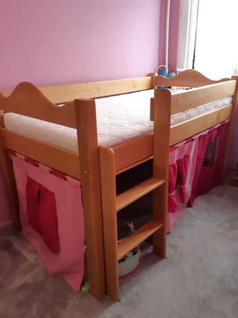 Sprzedam łóżko dziecięce.