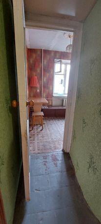 Продаю 1 комнатную  квартиру в Лесках