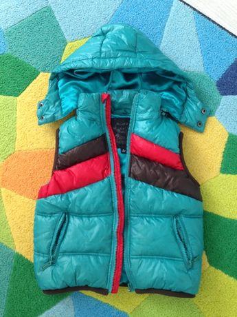 Детский жилет DKNY, на рост 110-125, Б/у