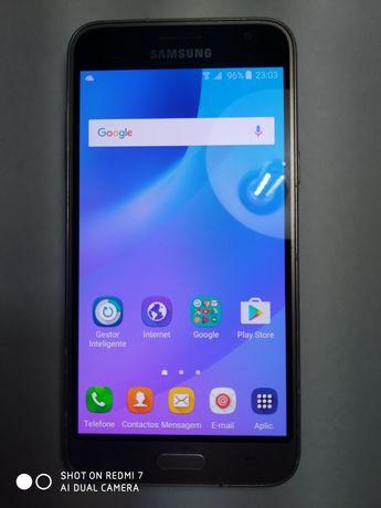 Samsung j3 smartphone