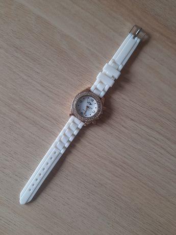 Zegarek dziewczęcy, nowy