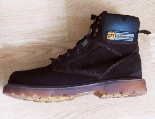 Продам мужские осенние ботинки