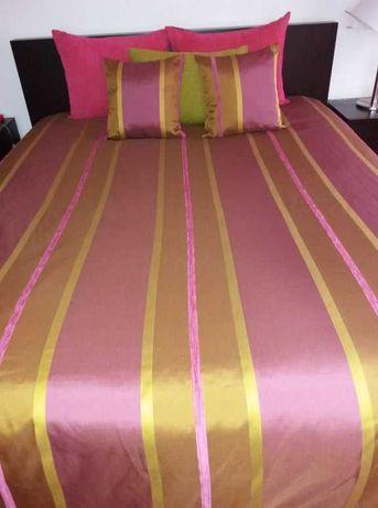 Colcha para cama multicolor