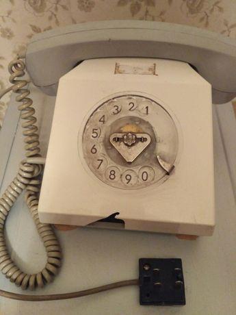 Телефон ГДР. + бонус. Телефон классический.
