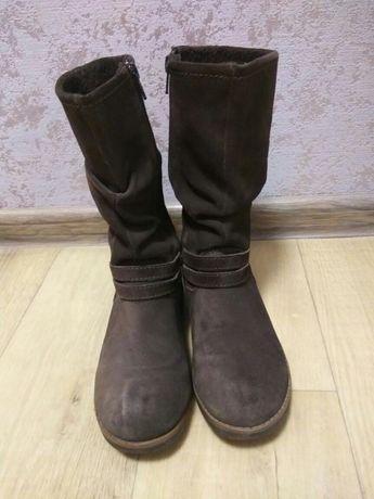Чоботи черевики для дівчинки
