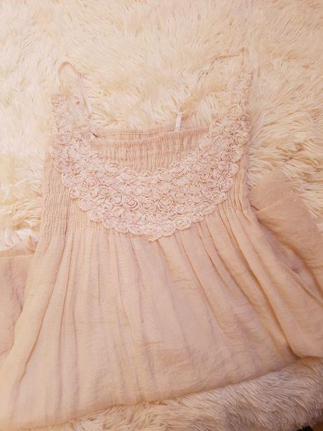 Sukienka w kolorze ecru rozm. 34