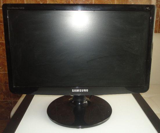 Продам монитор Самсунг S19A10N, 19 дюймов в отличном состоянии, факс