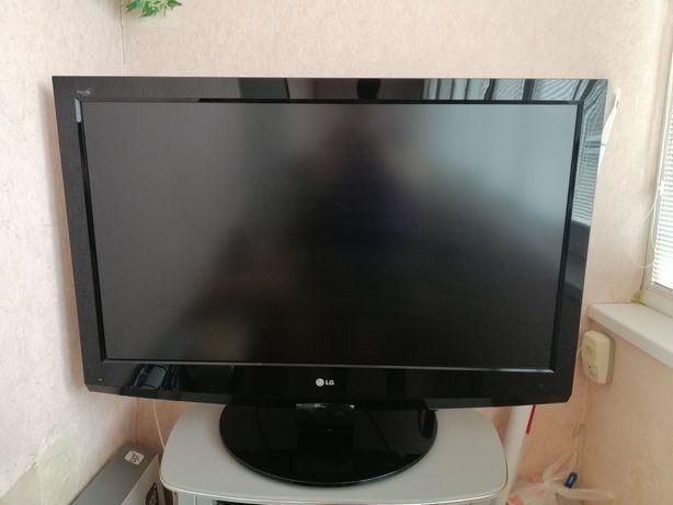 LG 42lf75-zd телевизор Срочно!!!