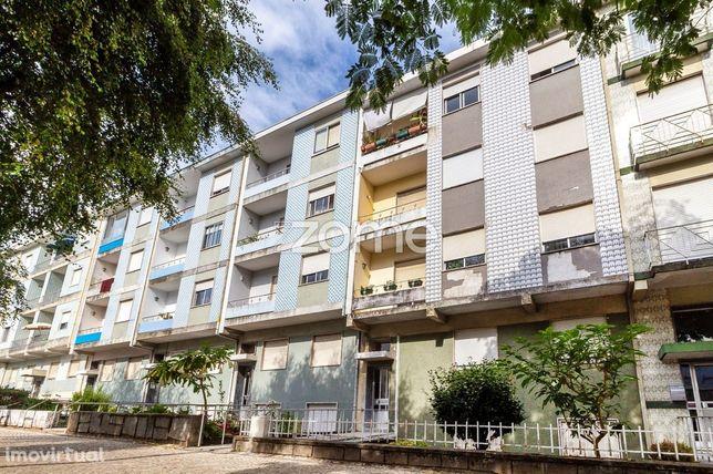 Apartamento T2+1 c/ 30m2 de logradouro em São Vítor, Braga