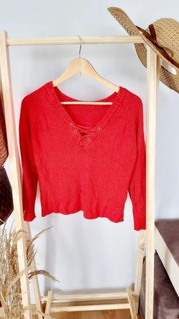 Czerwony  sweter  oversize  luźny fason wiązany