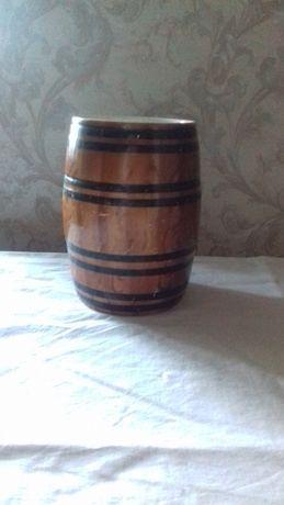 Продам б/у бочонок глиняный (1,5 л)
