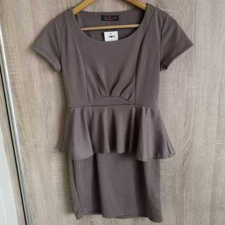 Sukienka z baskinką S