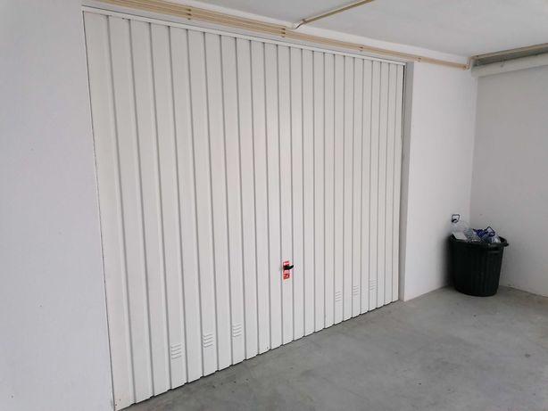 Portão Basculante 2,70x2,20m
