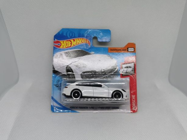 Hot Wheels - Porsche Panamera TURBO S E-HYBRID
