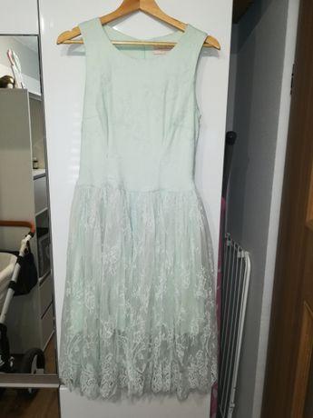Koronkowa sukienka Mohito