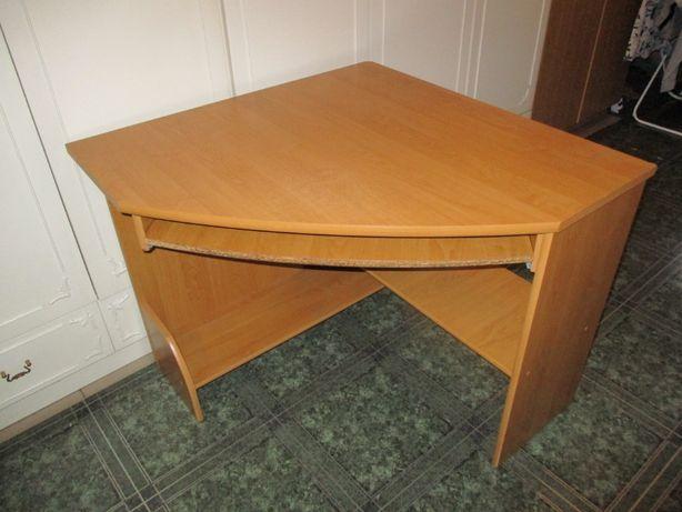 oddam za darmo zestaw mebli biurko, ława, stół