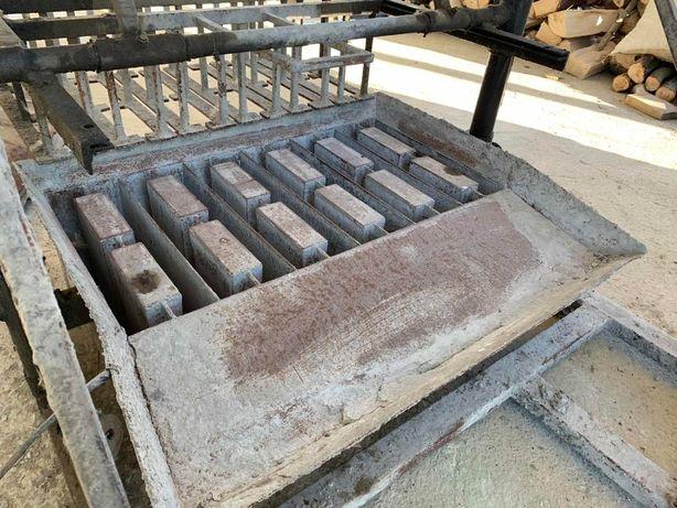 Вібростанок для будівельних блоків (шлакоблоків, керамзитоблоків)